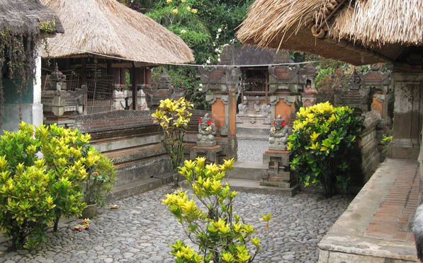 uan Balinese House Design